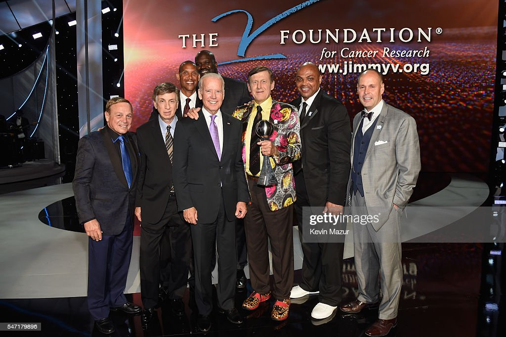 Vice President of the United States Joe Biden presents the Jimmy V Award for Perserverance to honoree Craig Sager onstage during the 2016 ESPYS at Microsoft Theater on July 13, 2016 in Los Angeles, California.