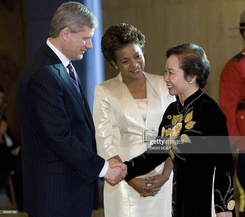 Vice President of Vietnam, Thi Doan Nguy : News Photo
