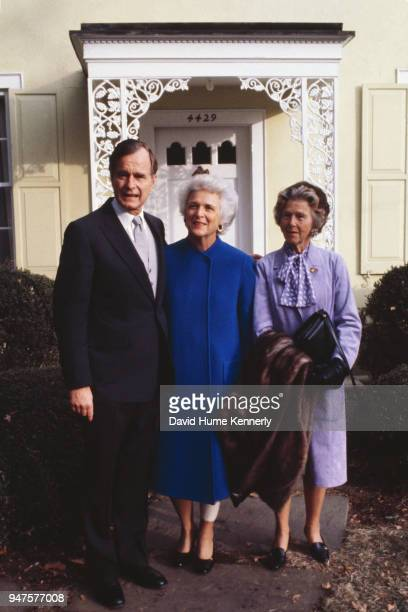 Vice Presidentelect George HW Bush with his wife Barbara Bush and mother Dorothy Walker Bush on their way to the inauguration of President Ronald...
