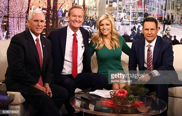 Vice PresidentElect Mike Pence poses for photos with Fox Friends hosts Steve Doocy Ainsley Earhardt and Brian Kilmeade at Fox News Studios on...