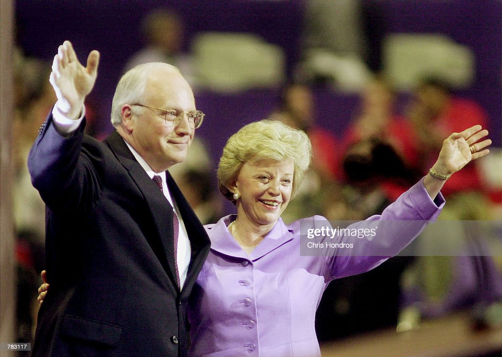 Dick Cheney and his wife Lynne wave : News Photo