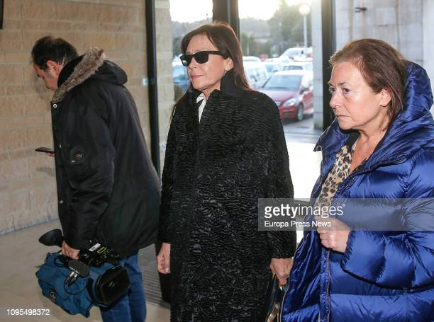 Vicente Alvarez Areces widow Soledad Saavedra gives the last goodbye to the former president of Asturias Vicente Álvarez Areces in the funeral...