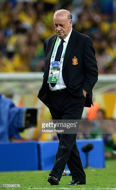Vicente Del Bosque head coach of Spain looks on during the FIFA Confederations Cup Brazil 2013 Final match between Brazil and Spain at Maracana on...