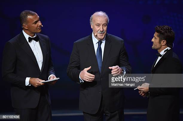 Vicente del Bosque Manager of Spain talks with host Ruud Gullit and Bixente Lizarazu on stage during the UEFA Euro 2016 Final Draw Ceremony at Palais...