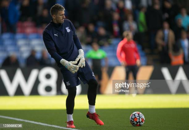 Vicente Guaita of Crystal Palace warms up during the Premier League match between Crystal Palace and Leicester City at Selhurst Park, London on...