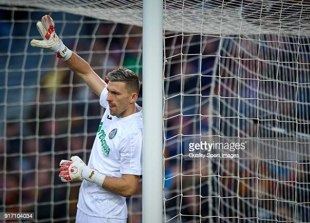 Vicente Guaita of Getafe reacts during the La Liga match between Barcelona and Getafe at Camp Nou on February 11 2018 in Barcelona Spain