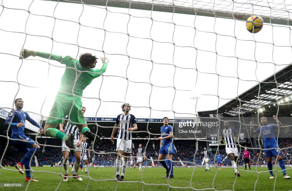 Vicente Iborra of Leicester City scores his sides fourth goal during the Premier League match between West Bromwich Albion and Leicester City at The Hawthorns on March 10, 2018 in West Bromwich, England.