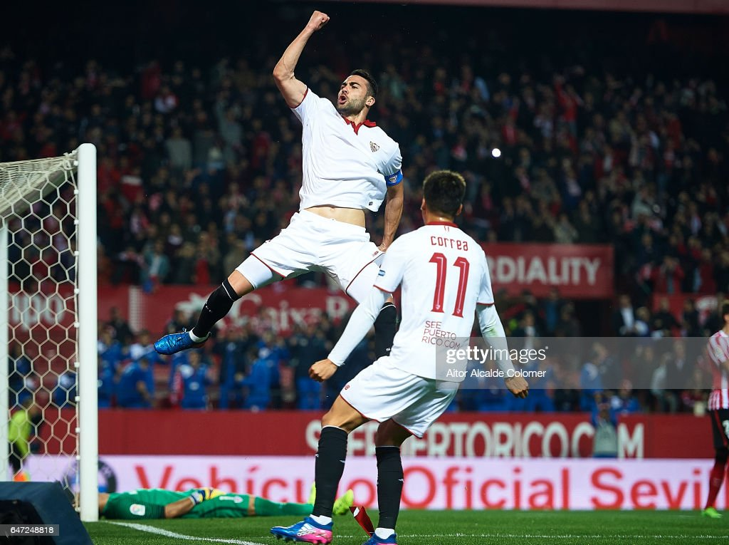 Vicente Iborra of Sevilla FC celebrates after scoring during the La Liga match between Sevilla FC and Athletic Club de Bilbao at Estadio Ramon Sanchez Pizjuan on March 02, 2017 in Seville, Spain.