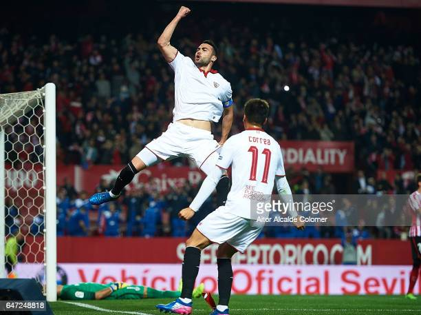 Vicente Iborra of Sevilla FC celebrates after scoring during the La Liga match between Sevilla FC and Athletic Club de Bilbao at Estadio Ramon...