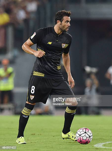 Vicente Iborra of Sevilla FC in action during the preseason friendly match between AS Roma and Sevilla FC at Olimpico Stadium on August 14 2015 in...