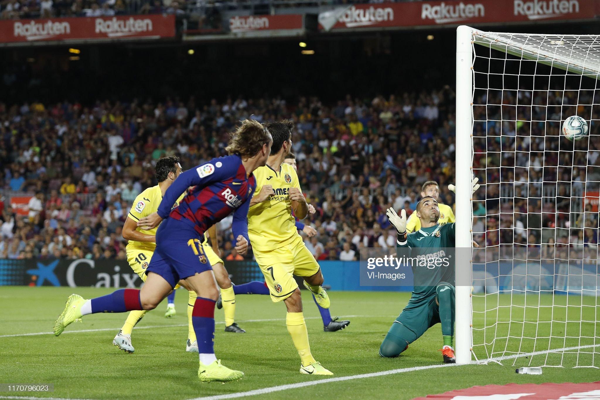 صور مباراة : برشلونة - فياريال 2-1 ( 24-09-2019 )  Vicente-iborra-of-villarreal-cf-antoine-griezmann-of-fc-barcelona-picture-id1170796023?s=2048x2048