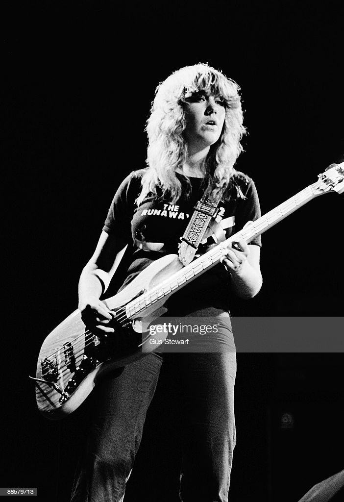 Vicki Blue of The Runaways performs on stage at the Roundhouse, Camden in November 1977 in London.