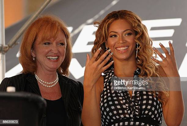 Vicki Escarra of Feeding America and Beyonce Knowles announce The Feeding America Show Your Helping Hand Campaign at Madison Square Garden on June 22...