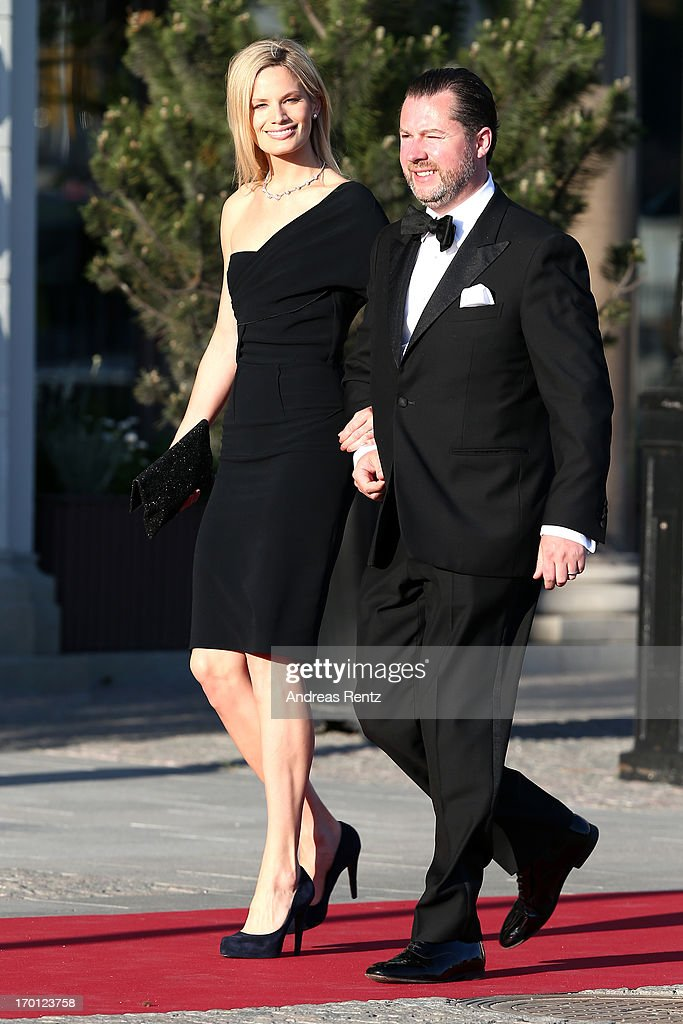 King Carl XVI Gustaf & Queen Silvia Of Sweden Host A Private Dinner Ahead Of The Wedding Of Princess Madeleine & Christopher O'Neill - Outside Arrivals : News Photo