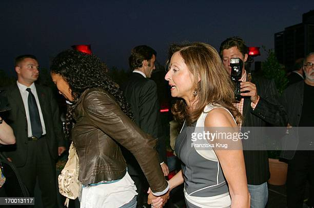 Vicky Leandros And Barbara Becker screen during summer festival in Berlin  at 280605 35f8c92274