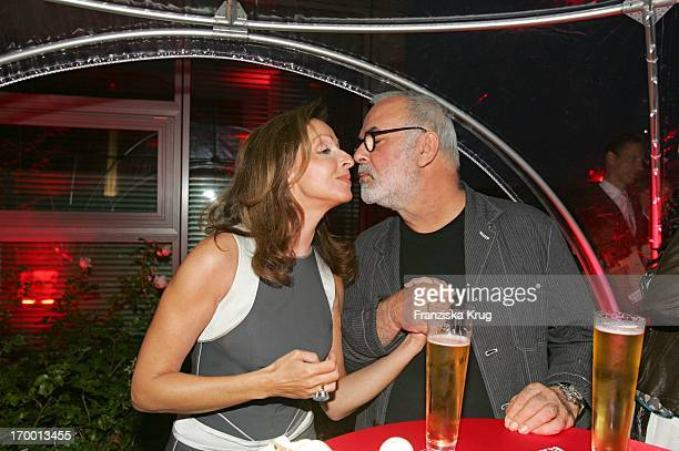 Vicky Leandros And Udo Walz BILD Summer Fesitival In Berlin On 280605 7db8aff745