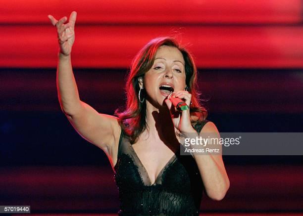 Vicky Leandros performs on stage during a preview of the German elimination for the Eurovision Song contest at the theatre 'Deutsches Schauspielhaus'...