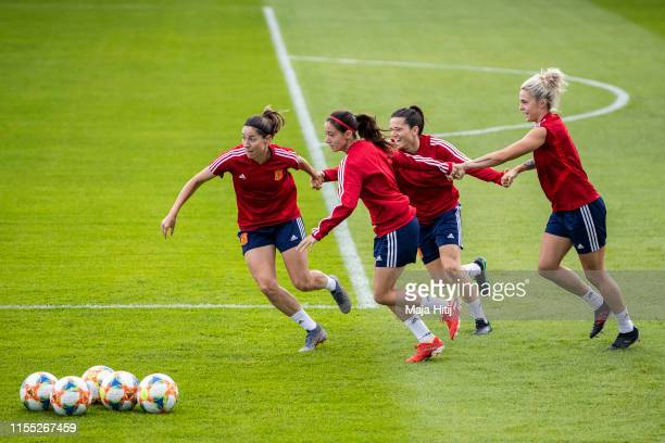 Vicky Losada Aitana Bonmati Andrea Pereira and Maria Leon of Spain run during a Spain Training session on June 11 2019 in Lille France