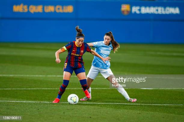 Vicky Losada of FC Barcelona defended by 23 Amy Harrison of PSV during the UEFA Champions League Women match between PSV v FC Barcelona at the Johan...