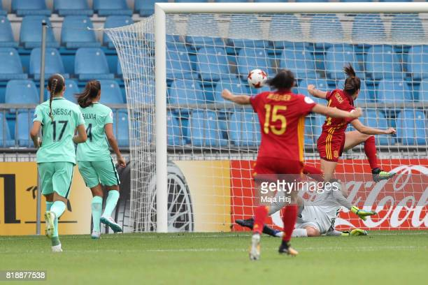 Vicky Losada of Spain scores her team's first goal during the Group D match between Spain and Portugal during the UEFA Women's Euro 2017 at Stadion...