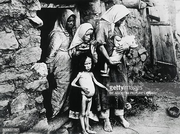 Victims of the famine in Ukraine in 1922 Soviet Union 20th century Paris Musée D'Histoire Contemporaine Hôtel Des Invalides