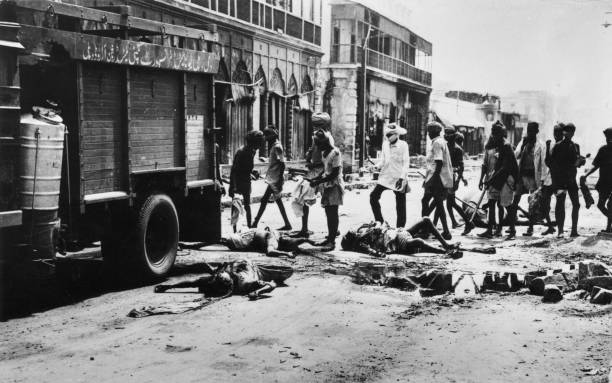 Victims of the riots in Delhi being removed from the streets Fighting broke out over Partition
