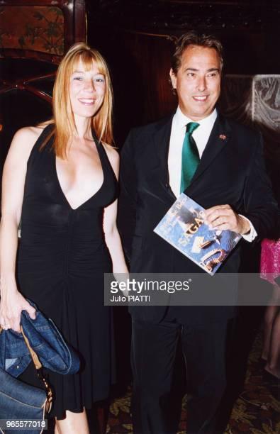 Victoire de Castellane et son oncle Gilles Dufour le 14 juin 2000 à Paris, France.