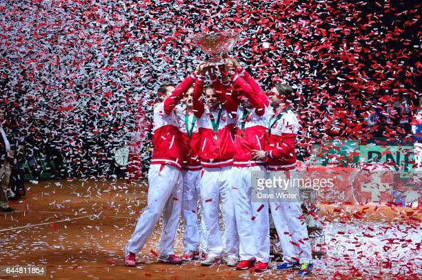 Victoire Suisse - Marco CHIUDINELLI / Michael LAMMER / Stanislas WAWRINKA / Roger FEDERER / Severin LUTHI - - France / Suisse - Finale Coupe Davis -,...