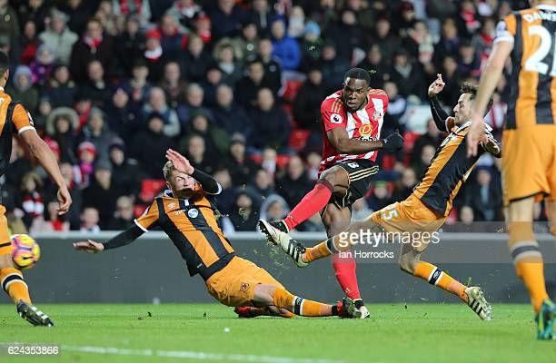 Victor Anichebe of Sunderland scores the second goal during the Premier League match between Sunderland and Hull City at Stadium of Light on November...