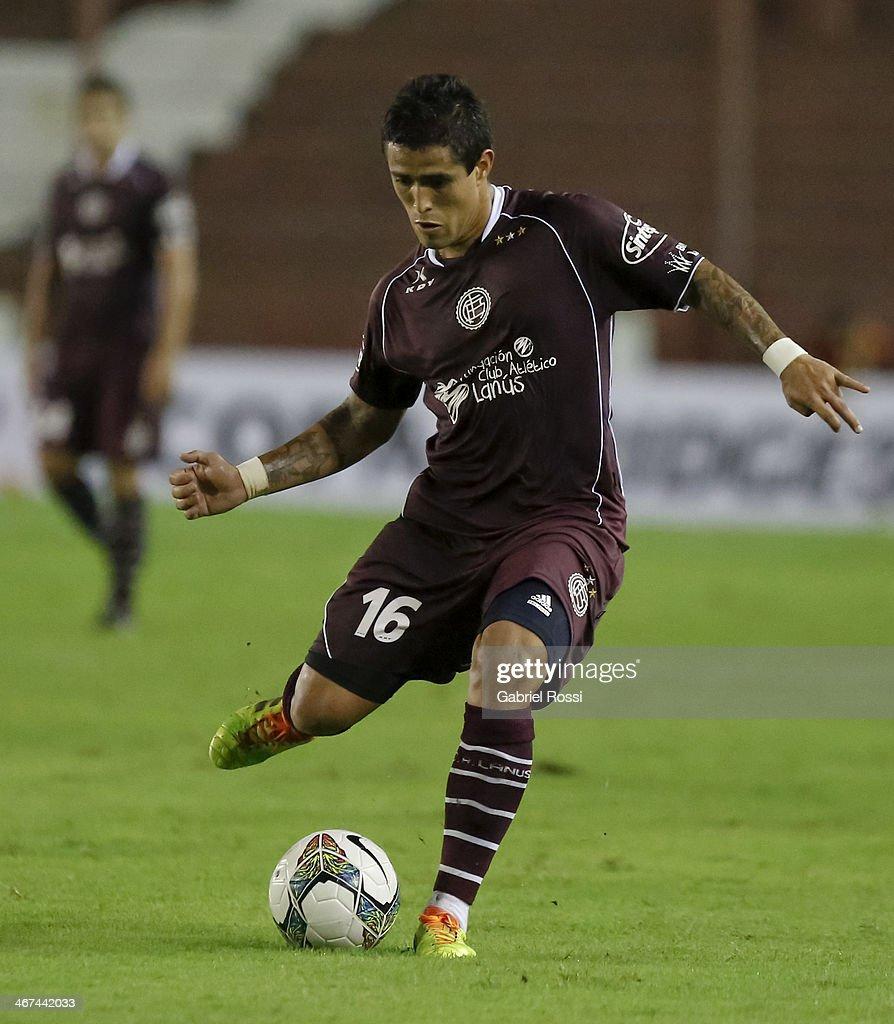 Lanus v Caracas FC - Copa Bridgestone Libertadores