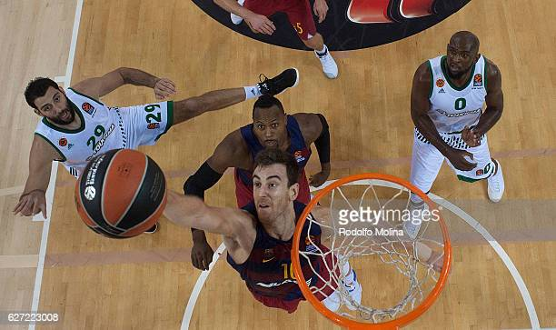 Victor Claver #10 of FC Barcelona Lassa in action during the 2016/2017 Turkish Airlines EuroLeague Regular Season Round 10 game between FC Barcelona...