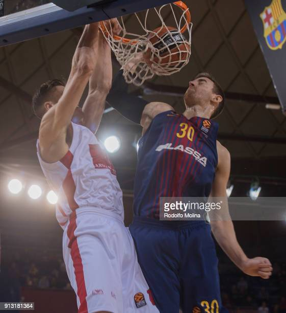 Victor Claver #30 of FC Barcelona Lassa in action during the 2017/2018 Turkish Airlines EuroLeague Regular Season Round 21 game between FC Barcelona...