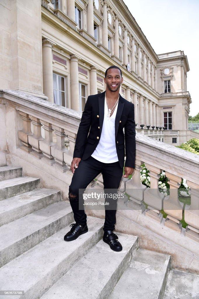 Victor Cruz attends the Balmain Menswear Spring/Summer 2019 show as part of Paris Fashion Week on June 24, 2018 in Paris, France.