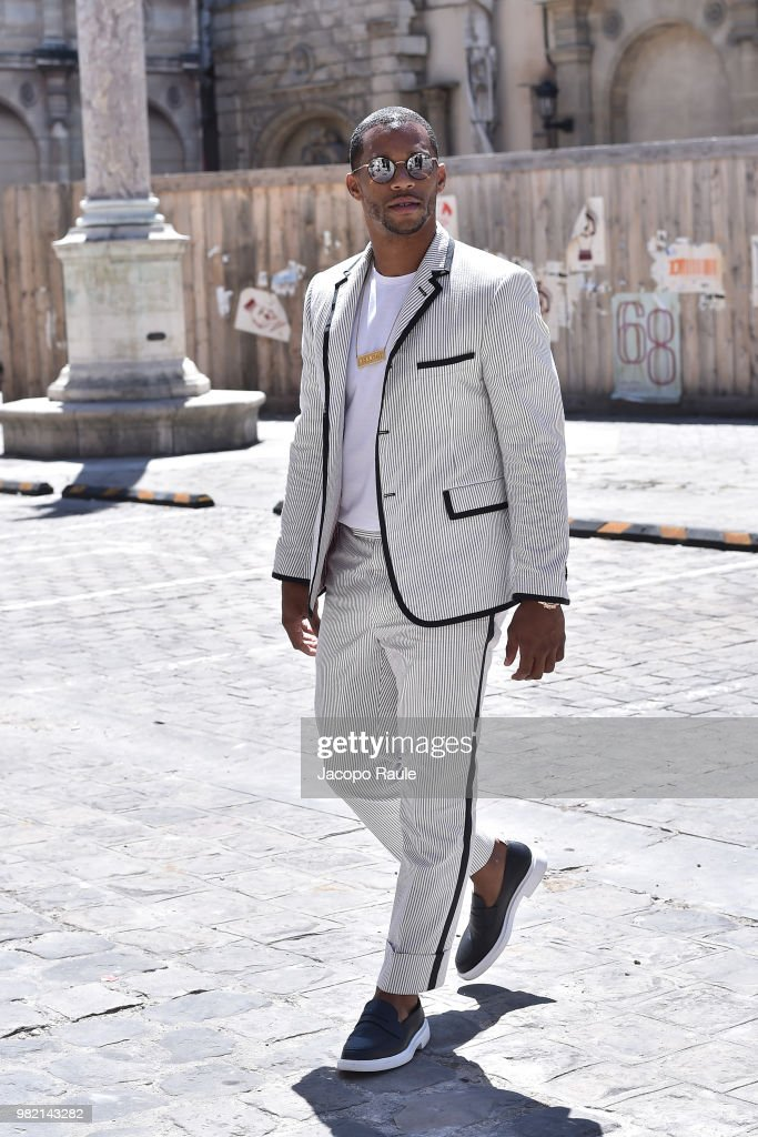Thom Browne : Outside Arrivals - Paris Fashion Week - Menswear Spring/Summer 2019