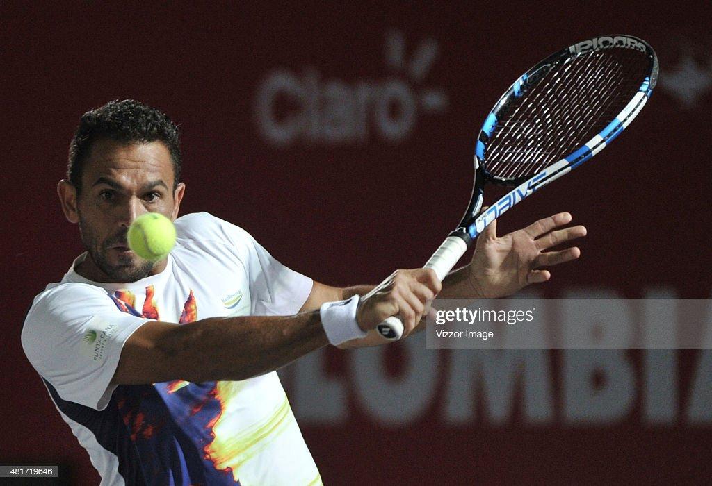 Claro Open Colombia 2015 - Yuchi Sugita v Victor Estrella : News Photo