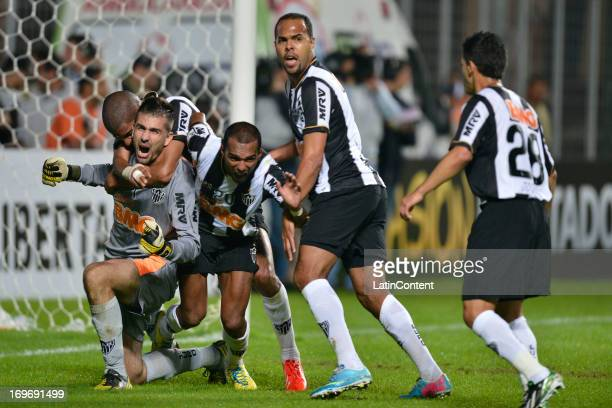 Victor, goalkeeper of Atletico Mineiro celebrates a penalty during a match between Atletico Mineiro and Xolos de Tijuana as part of the Copa...