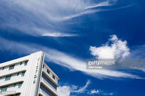 victor hotel, miami, florida - jake warga stock pictures, royalty-free photos & images