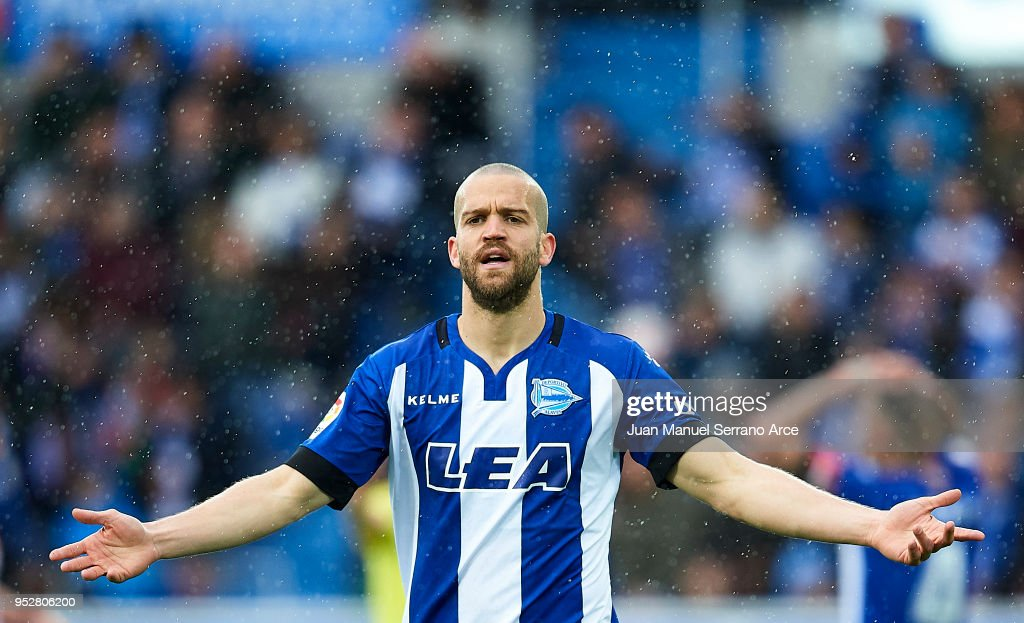 Deportivo Alaves v Atletico Madrid - La Liga : News Photo
