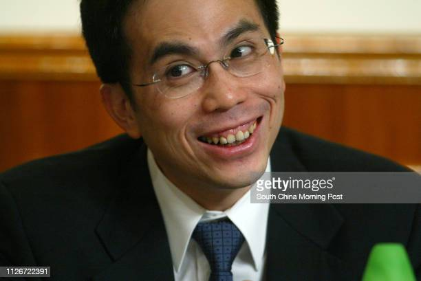 Victor Li Tzarkuoi Deputy Chairman of the Cheung Kong Holdings at their annuel general meeting 22 May 2003
