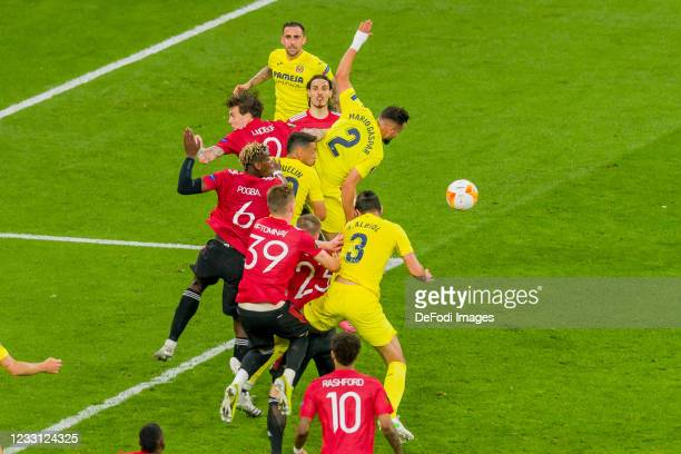 Victor Lindeloef of Manchester United, Paul Pogba of Manchester United, Scott McTominay of Manchester United, Francis Coquelin of Villarreal CF, Luke...