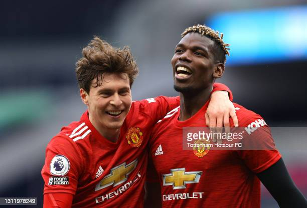 Victor Lindelof and Paul Pogba of Manchester United celebrate after the Premier League match between Tottenham Hotspur and Manchester United at...