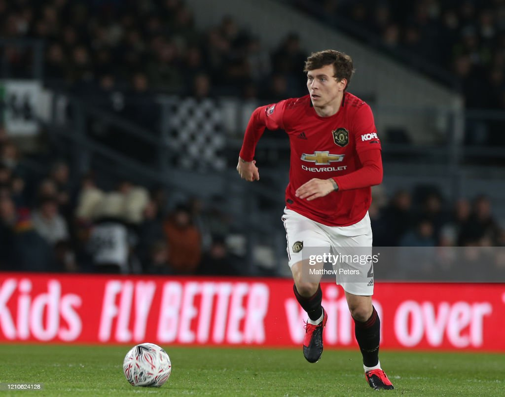 Derby County v Manchester United - FA Cup Fifth Round : News Photo