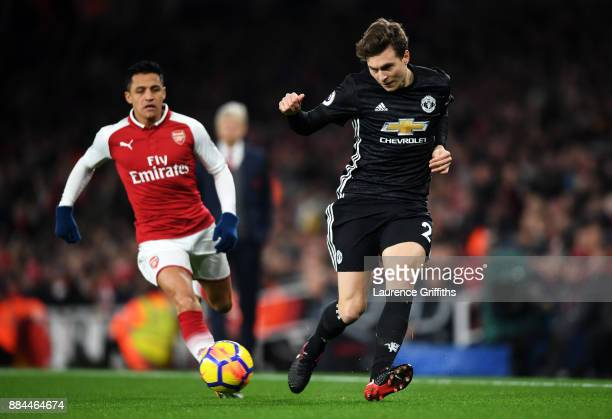 Victor Lindelof of Manchester United passes the ball during the Premier League match between Arsenal and Manchester United at Emirates Stadium on...