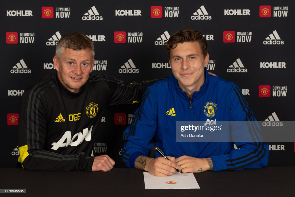 Victor Lindelof Signs A Contract Extension at Manchester United : News Photo