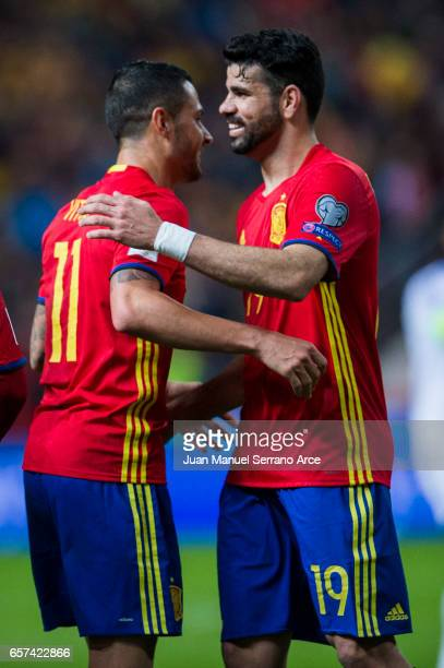 Victor Machin Perez 'Vitolo' of Spain celebrates with his teammates Diego Costa of Spain after scoring his team's second goal during the FIFA 2018...
