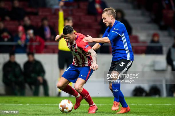 Victor Machin Vitolo of Atletico de Madrid fights for the ball with Pierre Bengtsson of FC Copenhague during the UEFA Europa League 201718 Round of...