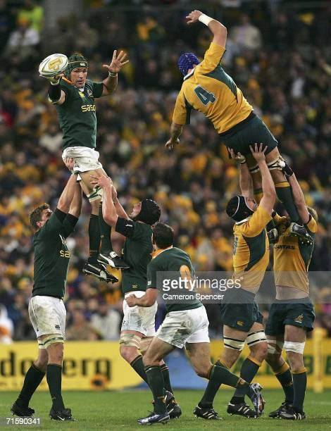 Victor Matfield of the Springboks takes a line out ball during the Tri Nations series second Mandela plate match between Australia and South Africa...