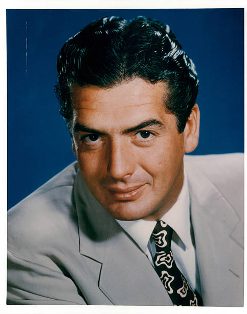 victor-mature-in-publicity-portrait-for-