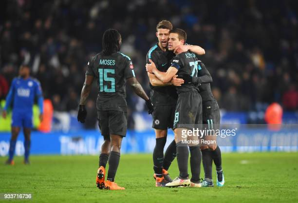 Victor Moses Gary Cahill Cesar Azpilicueta and Pedro of Chelsea celebrate victory after The Emirates FA Cup Quarter Final match between Leicester...