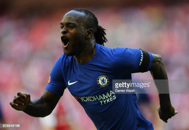 Victor Moses of Chelsea celebrates scoring his sides first goal during the The FA Community Shield final between Chelsea and Arsenal at Wembley...